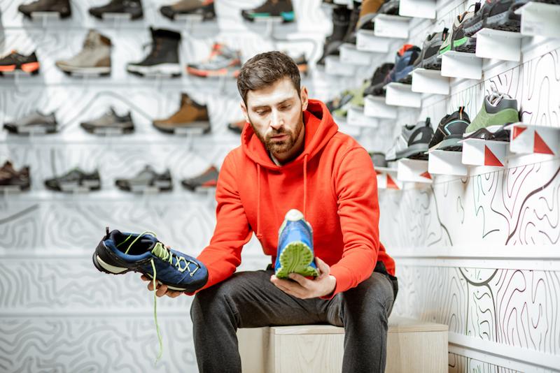 Hướng dẫn sử dụng và bảo quản giày thể thao nam
