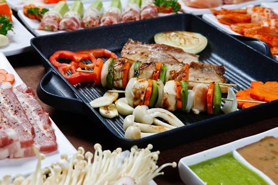 Top 8 địa điểm Buffet Gò Vấp nhiều món ăn ngon giá rẻ - 4