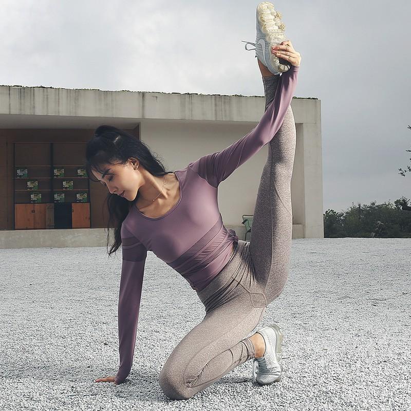 Có nhiều thứ nên và không nên mặc khi tập yoga