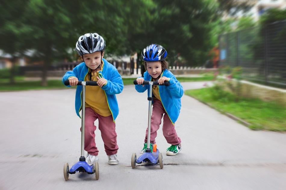 Vì sao nên sắm xe trượt Scooter cho bé?