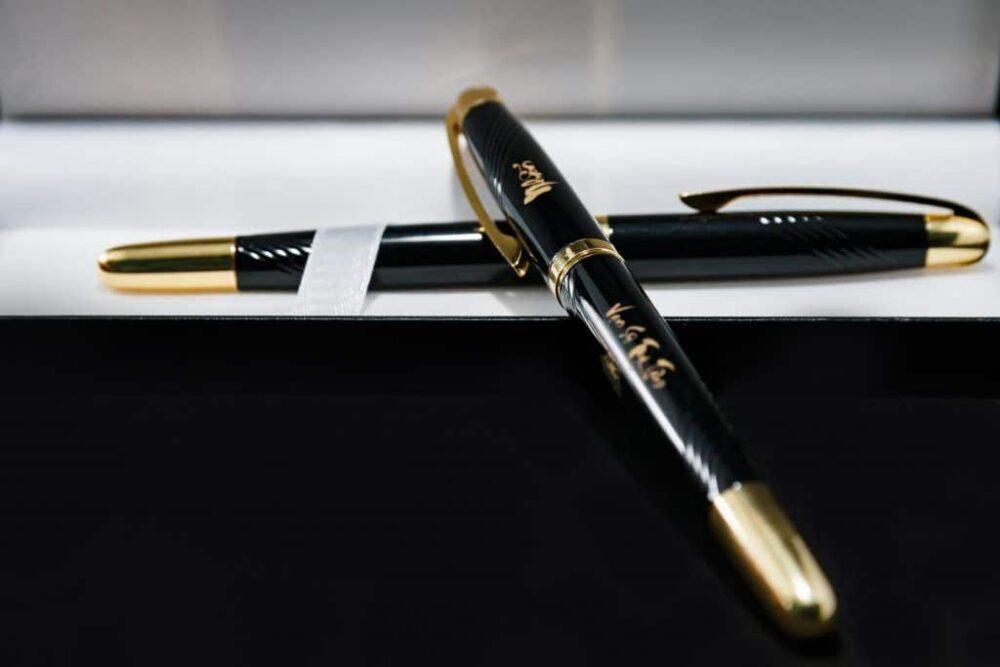 Bút ký doanh nhân BJ003 phù hợp làm quà tặng