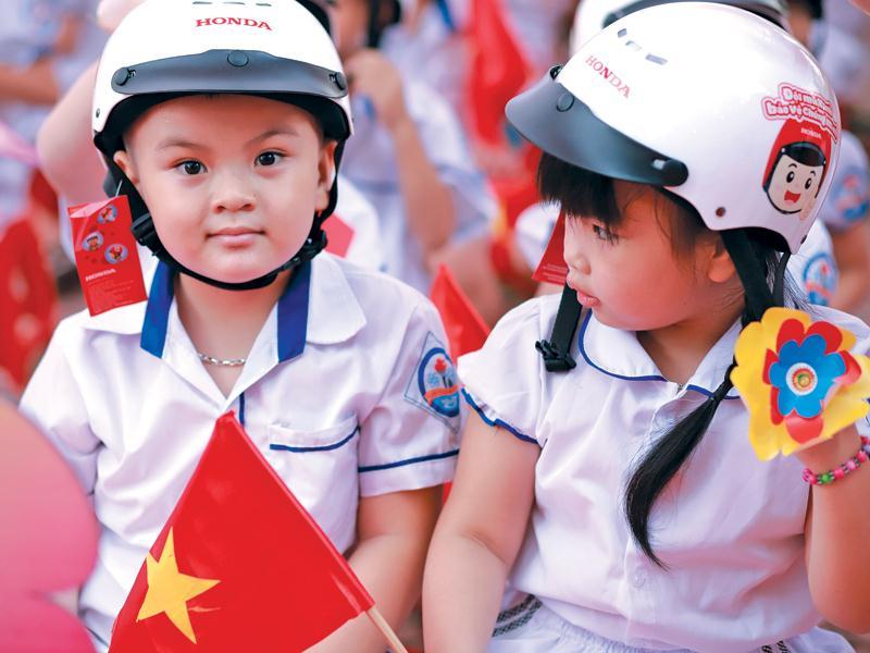 Lý do trẻ nhỏ nên dùng mũ bảo hiểm