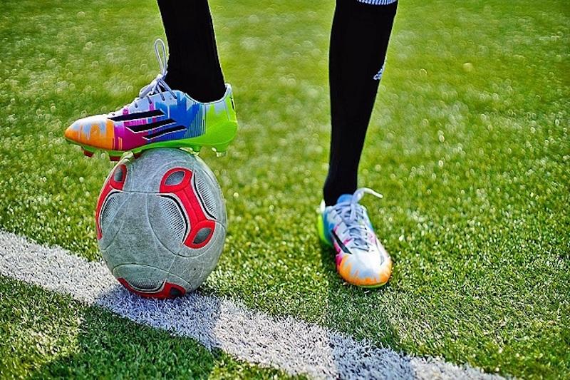 Giày đá bóng giúp gia tăng hiệu quả ghi bàn