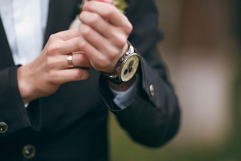 Đồng hồ nam giúp quý ông trở nên phong cách hơn