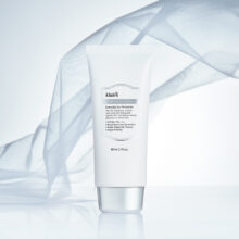 Kem chống nắng Dear Klairs Soft Airy UV Essence SPF 50+ / PA++++