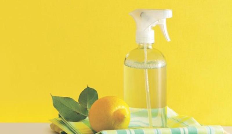 Top 8 nước xịt phòng mùi dịu nhẹ thơm mát nhất 2021 - 9