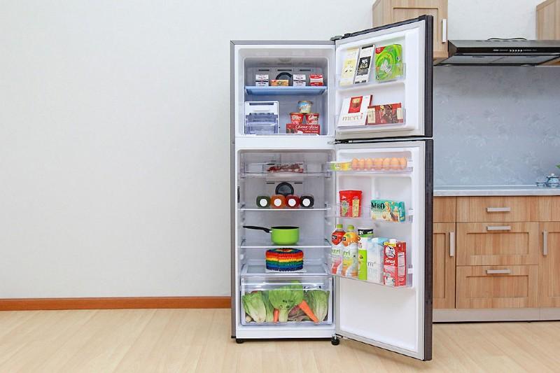 Tủ lạnh ngăn đá trên tiết kiệm điện