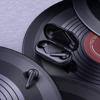 Tai nghe không dây Bluetooth iWALK True Wireless Amour Airbuds – BTA003