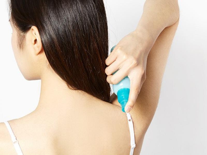 Kem trị mụn lưng có thể làm dạng gel