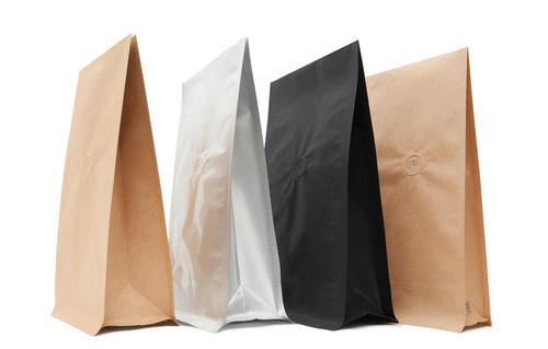 Bảo quản trà trong túi kín hoặc túi PE tráng bạc